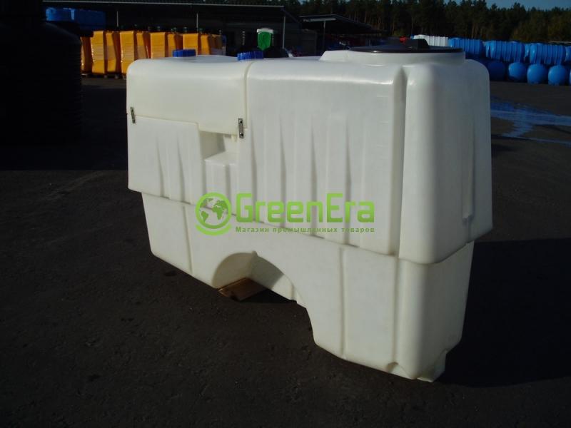 Емкость для навесного опрыскивателя на 1000 литров