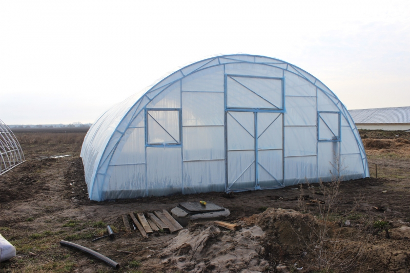 Теплица Фермер 8х10 под пленку Двухслойная с автоматическим наддувом