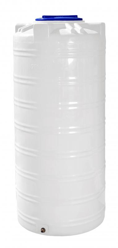 Бочка вертикальная на 750 литров полиэтиленовая